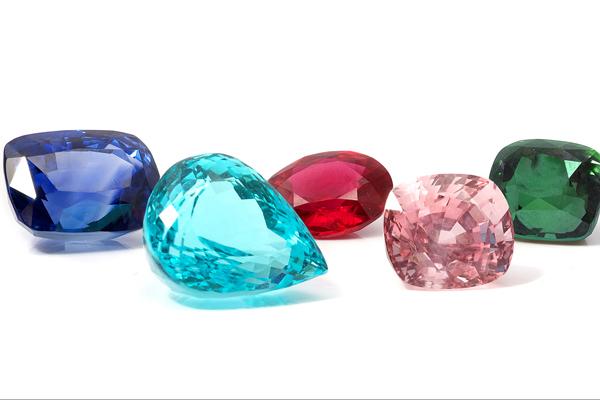 Diamond-Education---Fancy-Diamond