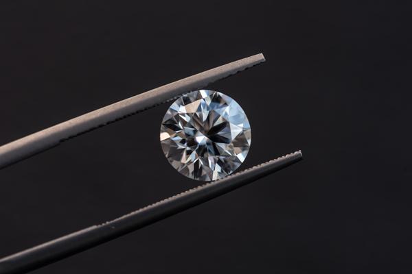 Diamond-Education---GIA-vs-AGS